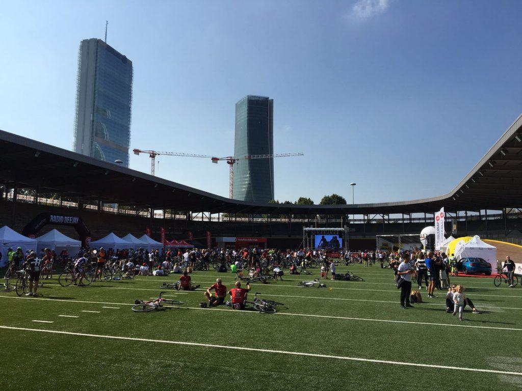 Velodromo Vigorelli, all'arrivo della Vodafone Milano Ride