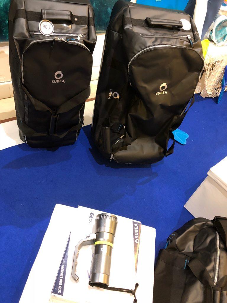 I due borsoni Subea Decathlon nella versione da 90 e 120 litri perfetti per le immersioni