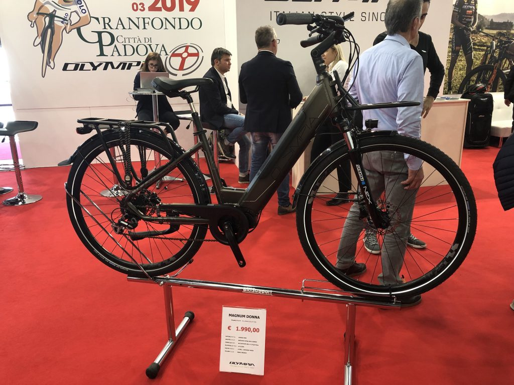 Cosmobike Show, Cicli Olympia, Trekking, donna